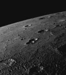 la-surface-de-mercure-pres-du-terminateur-de-la-planete_7632_w560.jpg